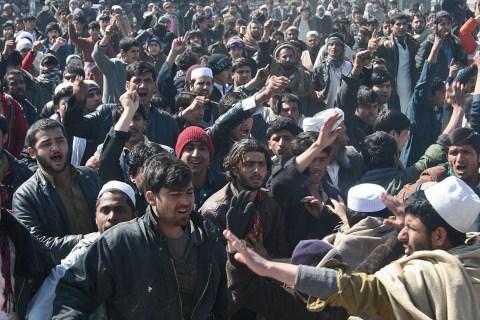 Afghan demonstrators shout anti US-sloga