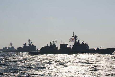 Trilat3Ships