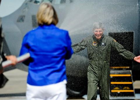 General Schwartz comes to Hurlburt for his final flight