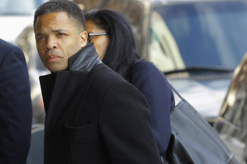 Former Chicago congressman Jackson Jr. enters the U.S. District Federal Courthouse in Washington