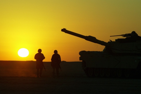 U.S. Army trains in the Kuwaiti desert.