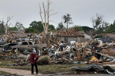 Tornado Flattens Suburb Outside Oklahoma City, Kills Dozens