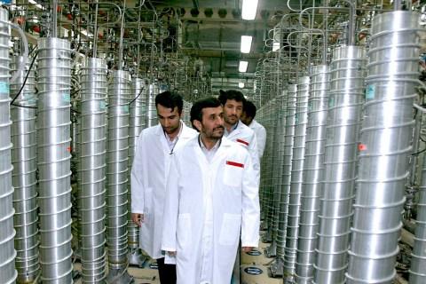 Iranian President Mahmoud Ahmadinejad visits the Natanz nuclear enrichment facility