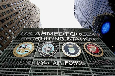 """TO GO WITH AFP STORY """"US-IRAQ-RECRUITERS"""