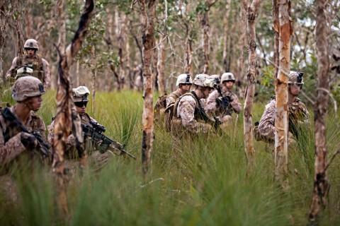 Marines assault from Ospreys during Talisman Saber 2013