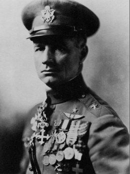 Portrait of General William 'Billy' Mitchell (1879 - 1936), regarded as the father of the American Air Force, circa 1917.