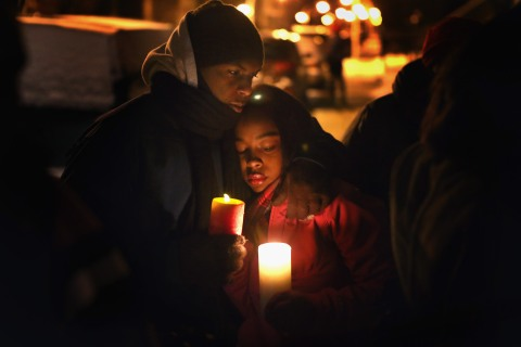 Friends, fellow students, and others hold a candlelight vigil at Harsh Park in memory of Hadiya Pendleton on February 2, 2013 in Chicago.