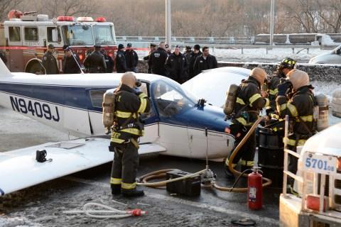 Small plane lands on Major Deegan  Expressway in New York