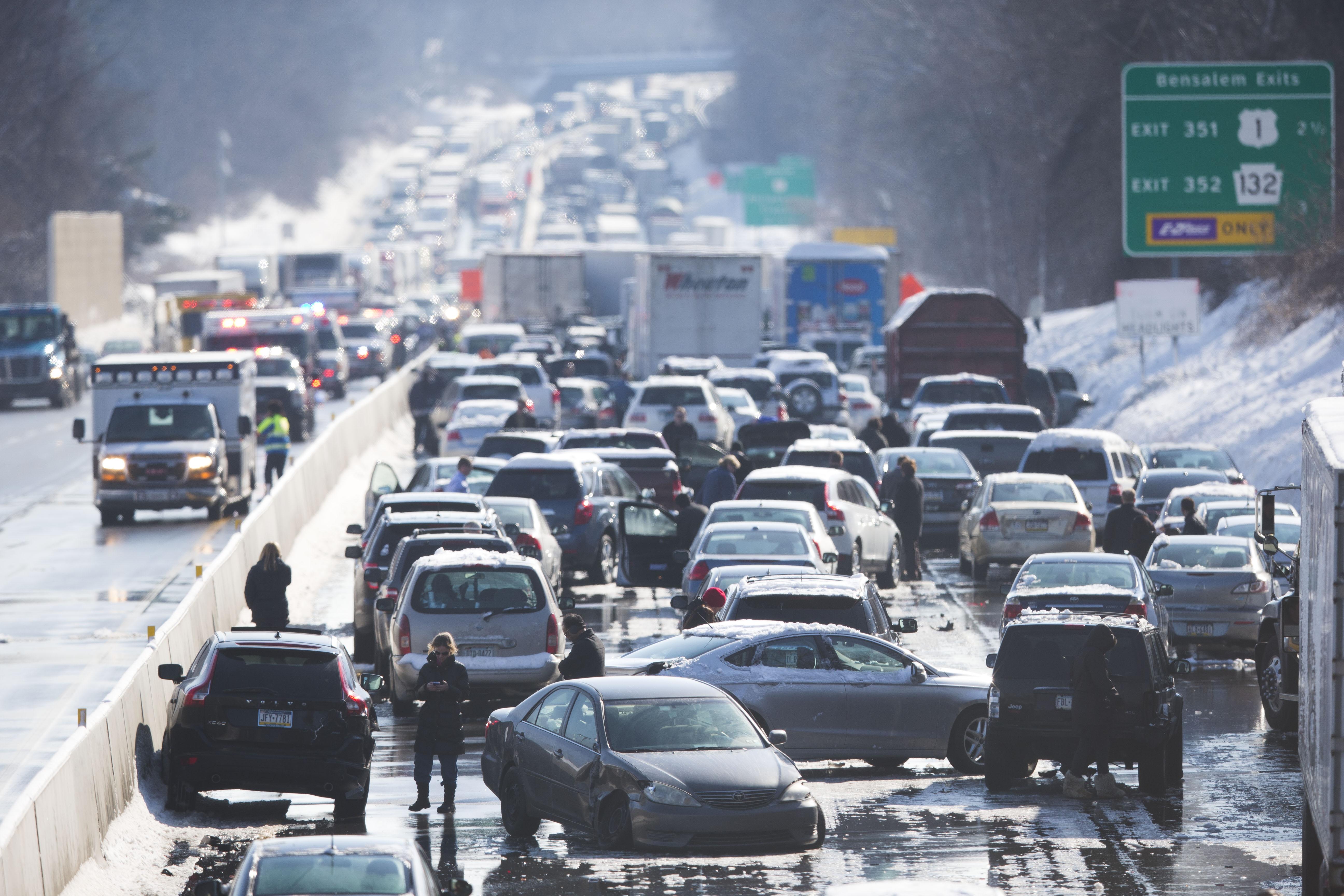 APTOPIX Turnpike Crash